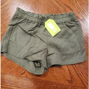 NWT Girls Crazy 8 Shorts